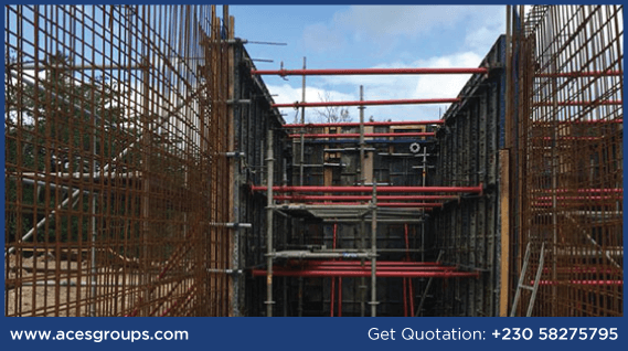scaffolding-at-hotel-le-challand