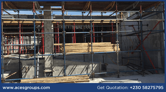 scaffolding-services-at-central-faclities-decking